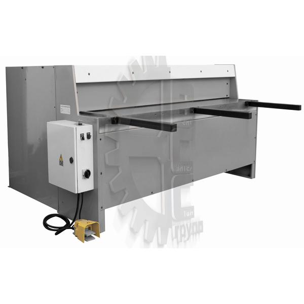 nozhnitsy-gilotinnye-elektromehanicheskie-seriya-q11-2050×2